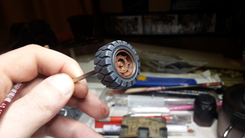 Goliath Rockgrinder - Les pneus avant